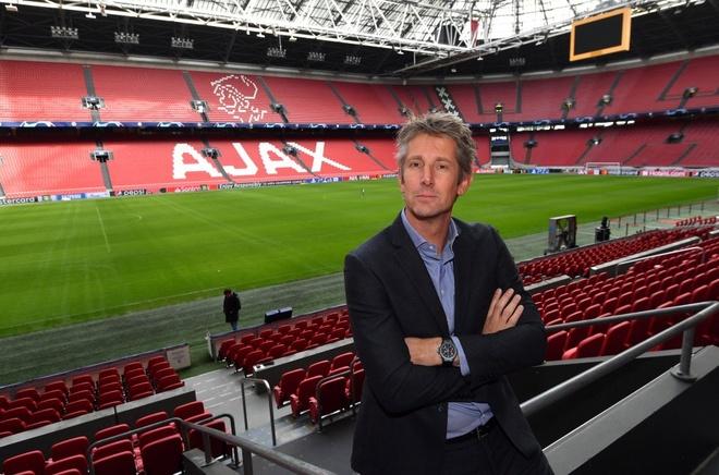 Man Utd het co hoi don huyen thoai Van der Sar anh 1