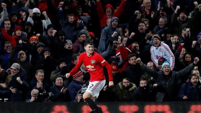 Man United hoa 2-2 voi Aston Villa ngay tai Old Trafford hinh anh 2