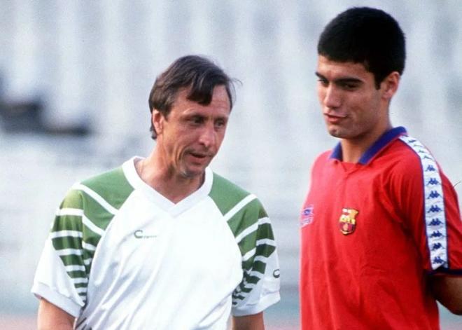 Pep Guardiola hoc hoi kinh nghiem tu thay cu Johan Cruyff hinh anh 1 pepohan.png