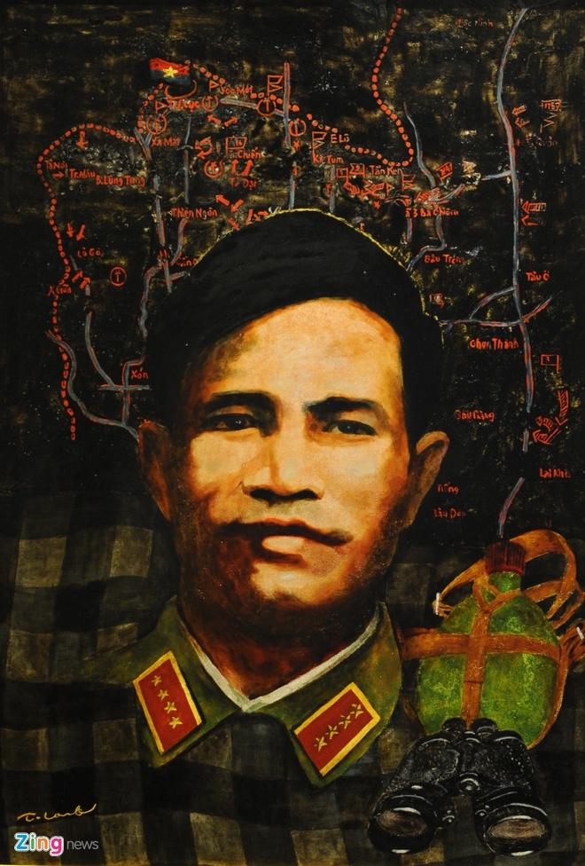 Tác phẩm sơn mài về chân dung đại tướng Nguyễn Chí  Thanh và những trận chiến vẻ vang của ông của tác giả Trần Tuấn Long.