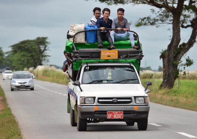 Ha tang giao thong lap di o Myanmar hinh anh