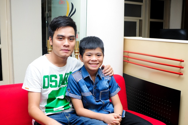 He lo hop dong ca si doc quyen cua Quang Anh The Voice Kids hinh anh 1
