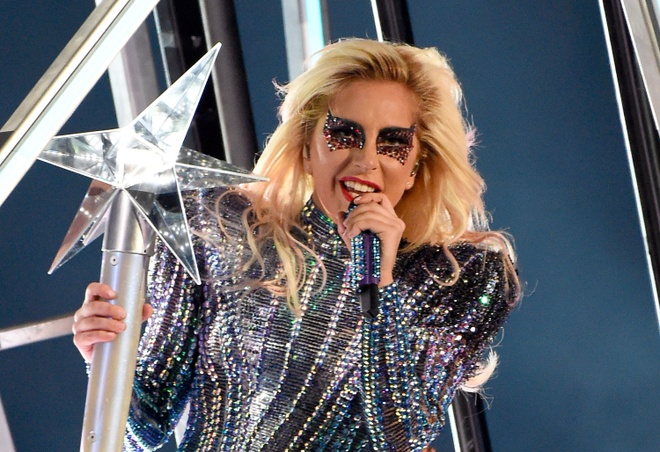 Khi sieu sao nhac Pop Lady Gaga tro thanh minh tinh Hollywood hinh anh