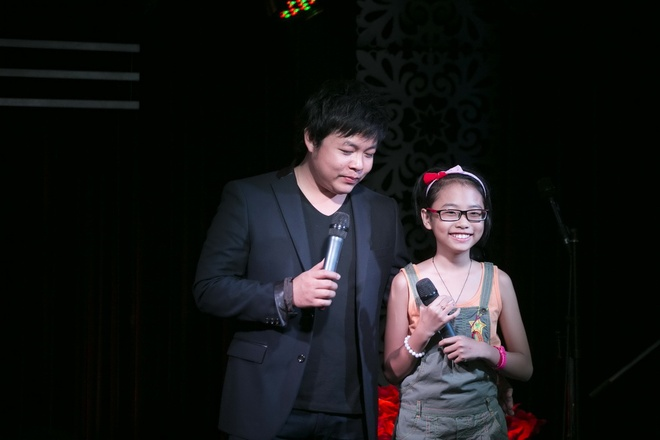 Co Ut 'chi huy' Phuong My Chi tap nhac cung Quang Le hinh anh 1