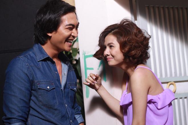 Khuong Ngoc - Van Trang tranh nhau to tien rach hinh anh