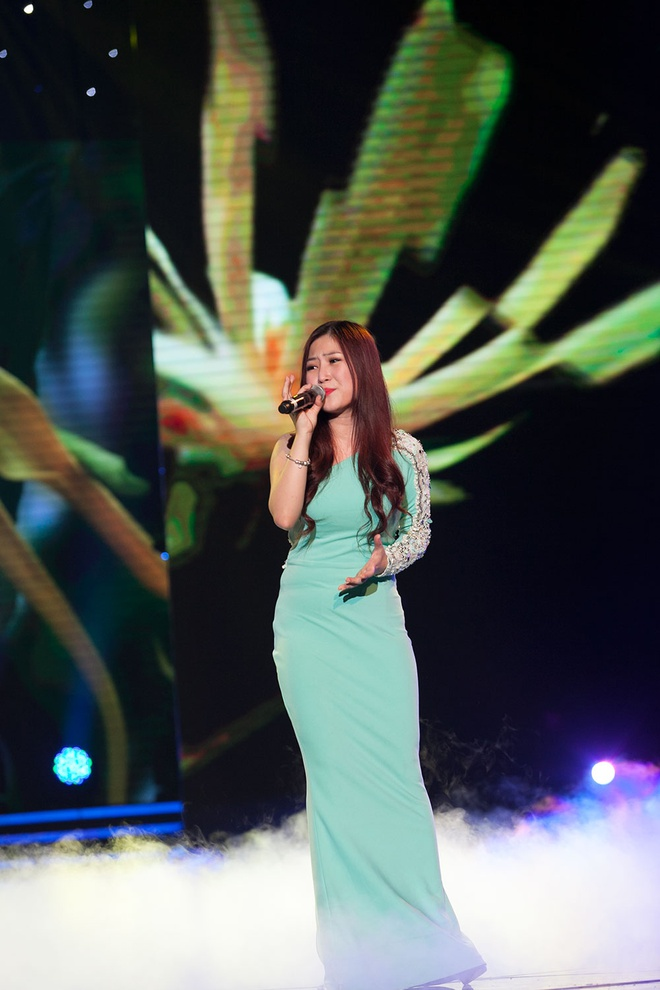 'Quang Anh The Voice Kids rat thich khoe chieu cao' hinh anh 16