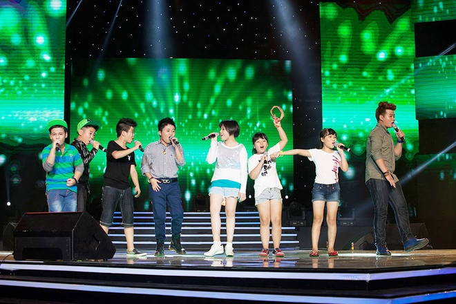 'Quang Anh The Voice Kids rat thich khoe chieu cao' hinh anh 14