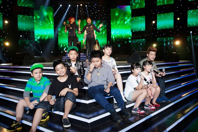 'Quang Anh The Voice Kids rat thich khoe chieu cao' hinh anh 15