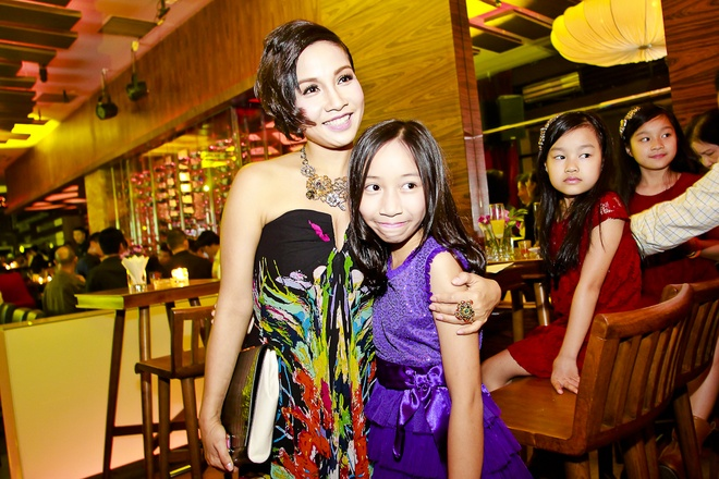 Van Mai Huong do giong cung hot girl The Voice hinh anh 5