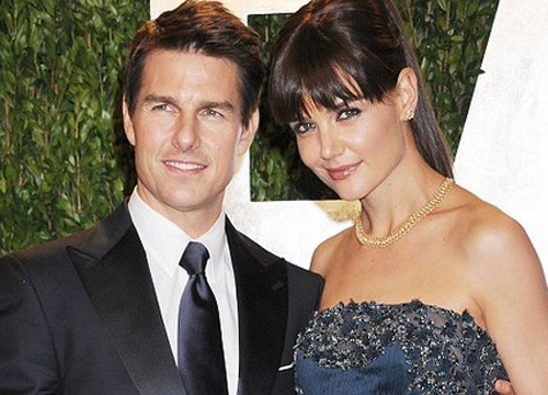 Katie Holmes 'da xoay' Tom Cruise hinh anh