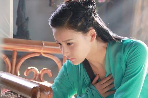 Giả Thanh đảm nhận một lúc hai vai A Châu và A Tử.