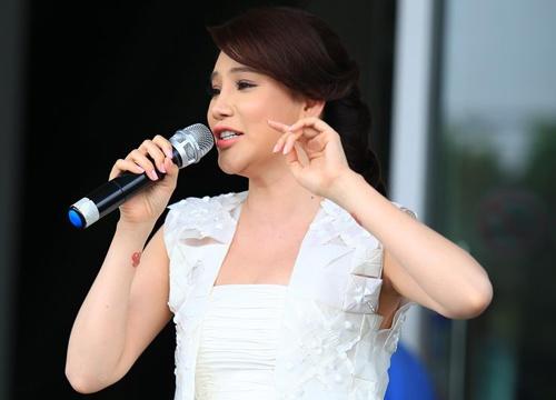 Ho Quynh Huong day tu 6h de co vu thi sinh X Factor hinh anh