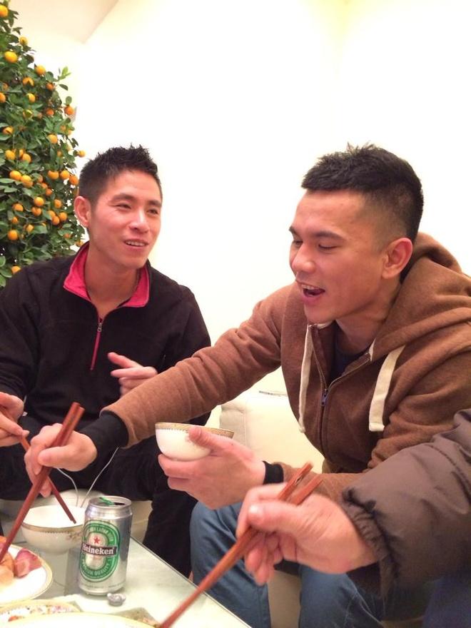 Tuan Hung di dam hoi lan 3 cua chong cu Thuy Hien hinh anh 10