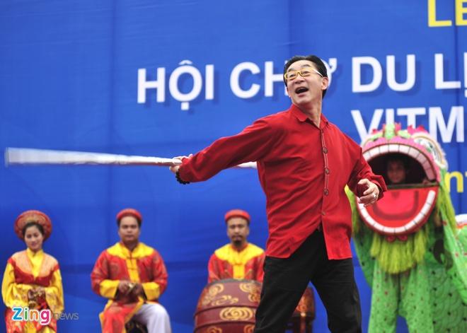 Luc Tieu Linh Dong mua vo trong ngay mua Ha Noi hinh anh 3