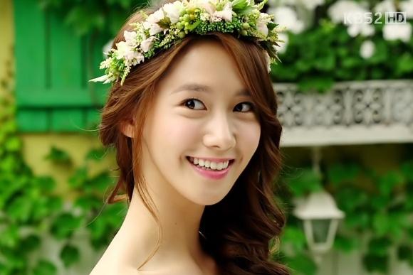 YoonA xin bo vai dien vi suc ep du luan hinh anh