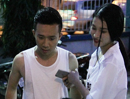 Ban gai cu sanh vai Tran Thanh o hau truong show On gioi hinh anh