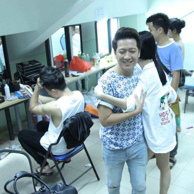 Ban gai cu sanh vai Tran Thanh o hau truong show On gioi hinh anh 3