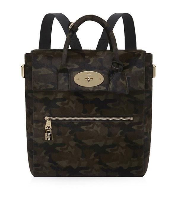 Nhung kieu tui xach tieu bieu nhat hinh anh 3 Backpack (balô): Túi với thiết kế hai dây đeo phía sau lưng.