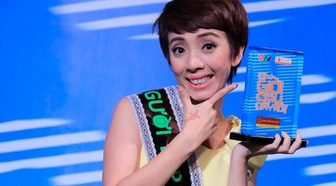 Thu Trang, Van Trang thi Hoa hau vu tru tai On gioi hinh anh