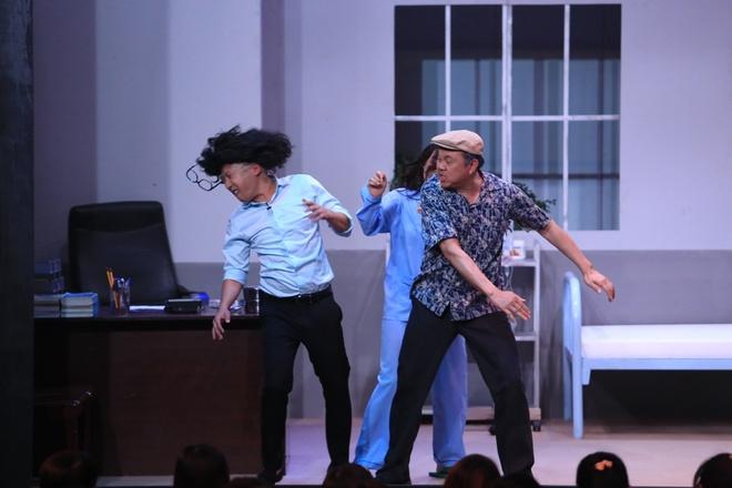 Truong Giang tat Nha Phuong o show On gioi, cau day roi hinh anh 4