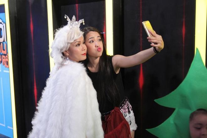 Huynh Anh toi hau truong show On gioi co vu ban gai hinh anh 6