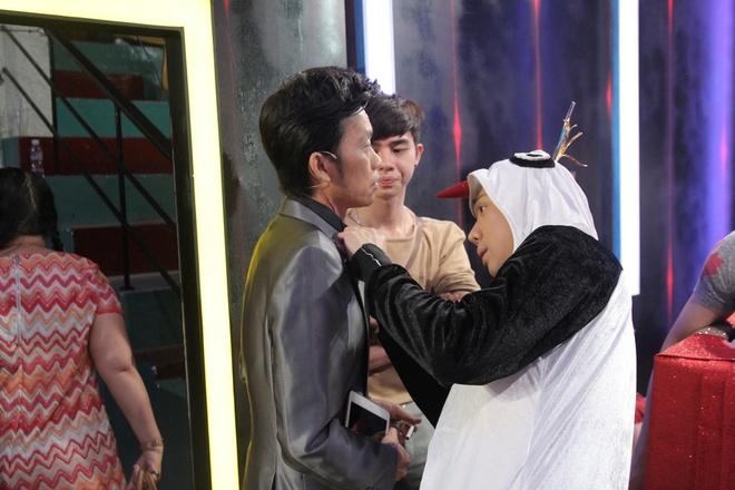 Huynh Anh toi hau truong show On gioi co vu ban gai hinh anh 7