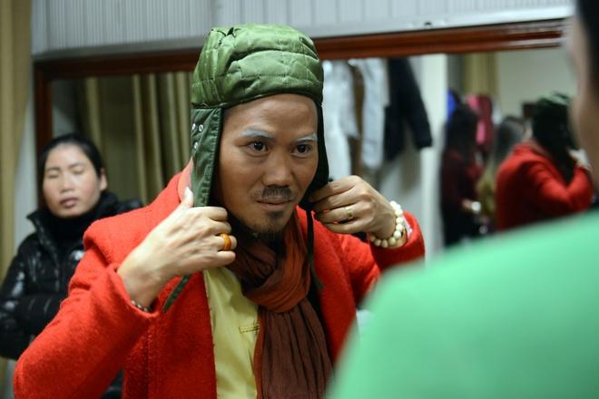 Thanh Thanh Hien di dien cung chong moi cuoi va con gai hinh anh 4