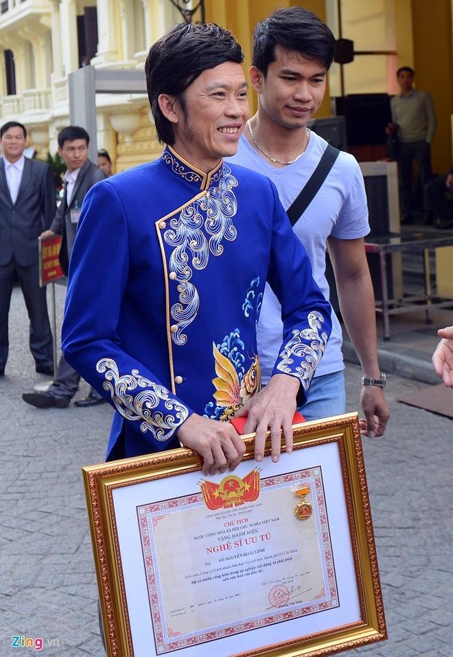 Hoai Linh noi ve cat-xe 3 ty: 'Loi don chua chac da that' hinh anh 2