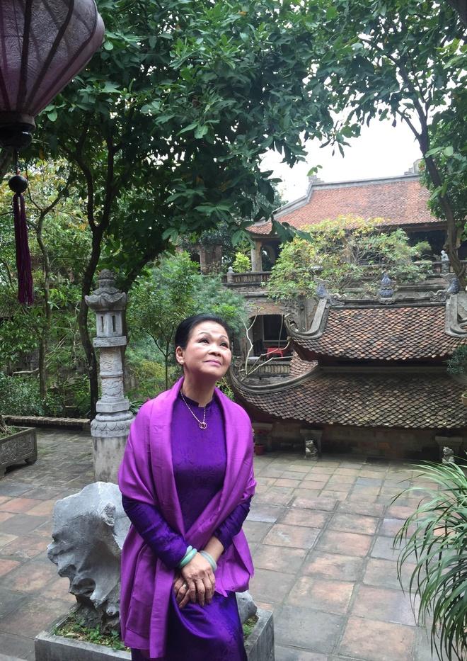 Khanh Ly toi tham Viet phu Thanh Chuong hinh anh 1