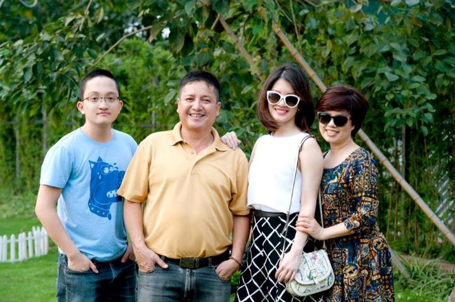 Chi Trung: 'La Pho Giam doc, luong toi chi co 7 trieu dong' hinh anh 2