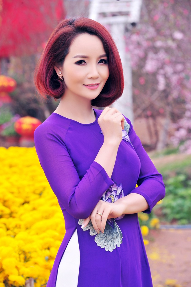 Mai Thu Huyen goi y cach dien ao dai ngay xuan hinh anh 4