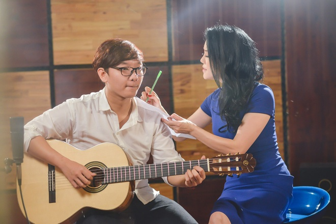 Thu Phuong tung mini album cung hoc tro cung hinh anh 1