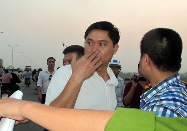Ong Nguyen Ba Thanh: Bac si Nguyen Manh Tuong se bi xu nang hinh anh