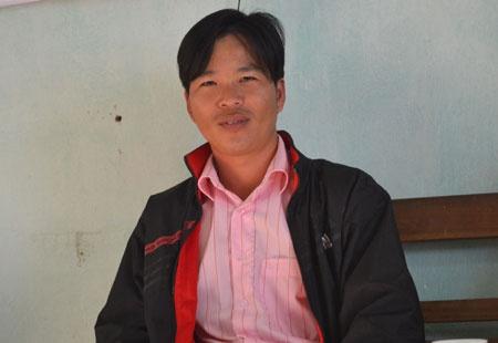 Tran tinh dau don cua nguoi vo to chong la 'de xom' hinh anh 2 Phó trưởng Công an xã Tân Mộc - Nguyễn Văn Quốc - trao đổi với PV.