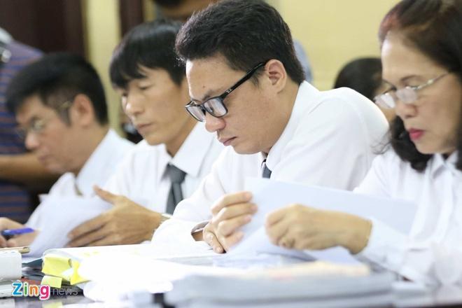 Truong Ho Phuong Nga anh 2