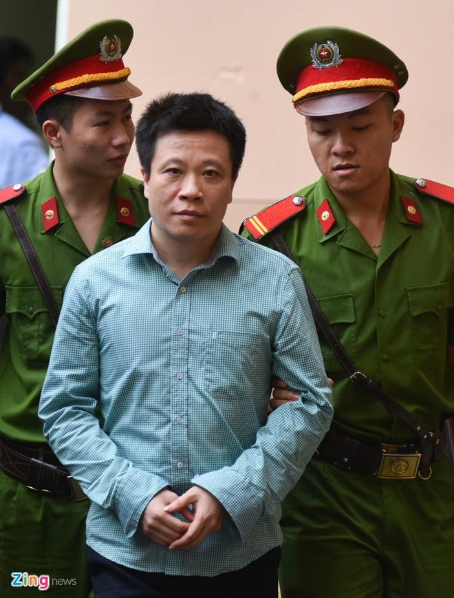 Ha Van Tham xin tang nang toi de giam nhe cho nhan vien Oceanbank hinh anh 1