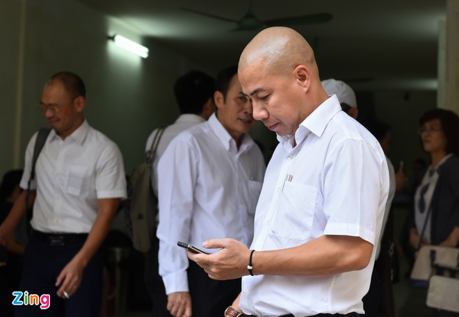 Toa tuyen tu hinh Nguyen Xuan Son, chung than Ha Van Tham hinh anh 13