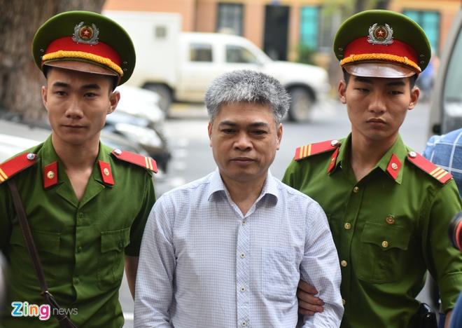 Toa tuyen tu hinh Nguyen Xuan Son, chung than Ha Van Tham hinh anh 10