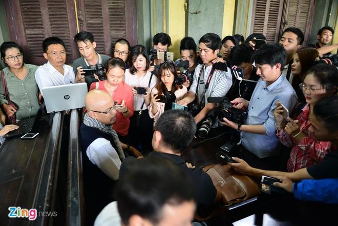 Ba Le Hoang Diep Thao: 'Ban an qua bat cong voi me con toi' hinh anh 1