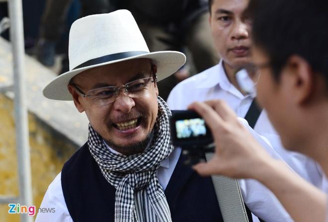 Ba Le Hoang Diep Thao: 'Ban an qua bat cong voi me con toi' hinh anh 9