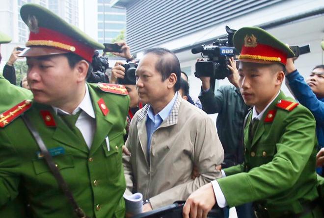 Vi sao ong Nguyen Bac Son, Truong Minh Tuan phai hau toa? hinh anh
