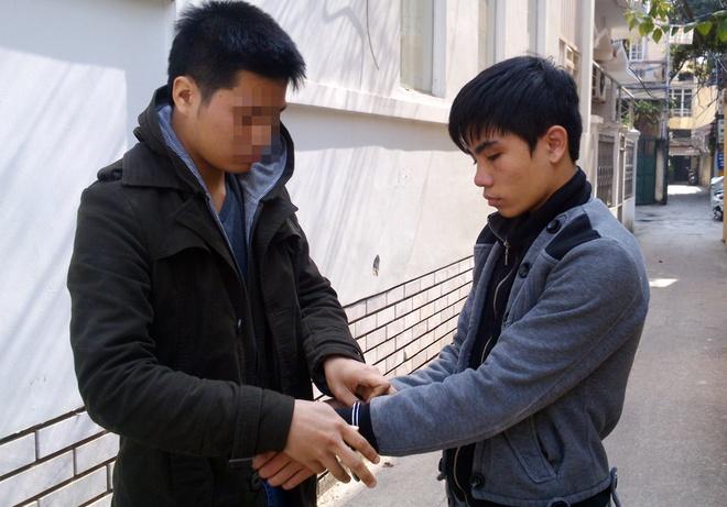 Bo truong Cong an du bao toi pham can Tet gia tang hinh anh 1 B