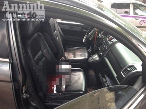 Bat hung thu giet tai xe xe CRV tron trong bon nuoc hinh anh 2 Nạn nhân tử vong ngay trên ghế lái.