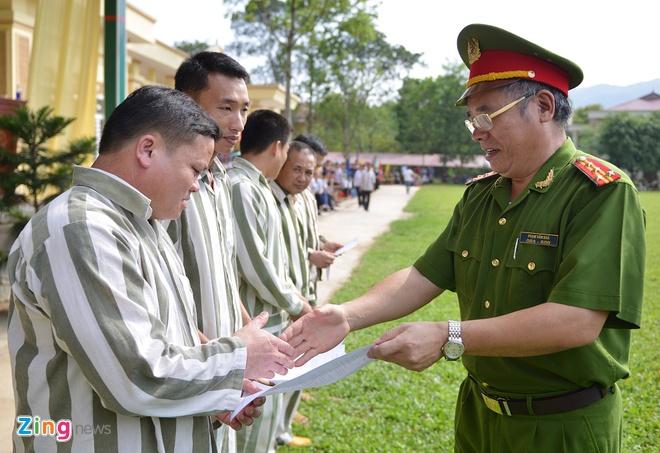 8h ngày 31/8, trại giam Hồng Ca (Tổng cục 8, Bộ Công an) đã tổ chức công bố quyết định đặc xá của Chủ tịch nước, tha tù trước thời hạn cho 230 phạm nhân.