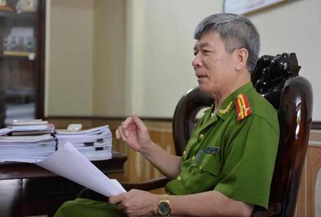 Man vay bat nghet tho ke tron tu ve giet vo hinh anh 1 Thượng tá Trần Văn Tải - Phó giám thị trại giam Hồng Ca.
