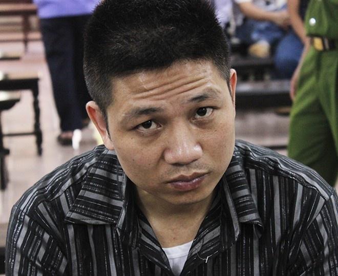 Bat ke danh tai xe taxi tu vong vi khong bat dieu hoa hinh anh 1 Tại tòa, bị cáo Tường được đổi tội danh từ Giết người sang tội Cố ý gây thương tích. Ảnh: VĐ.