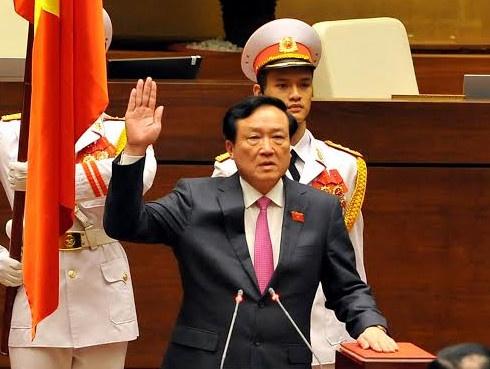Chanh an Nguyen Hoa Binh: 'Xay dung toa an trong sach' hinh anh