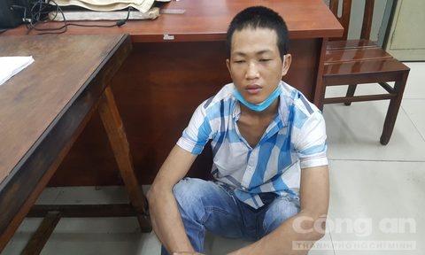 Thuong uy cong an quat nga ten trom 'da xe' o Sai Gon hinh anh 1