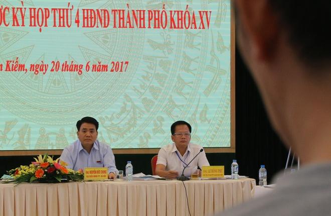 Chu tich Ha Noi: 'Khong the trong lai xa cu co thu tren cac tuyen pho' hinh anh 1