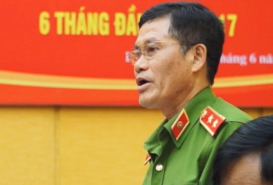 Dieu tra viec giam doc so o Yen Bai dua 200 trieu cho nha bao hinh anh